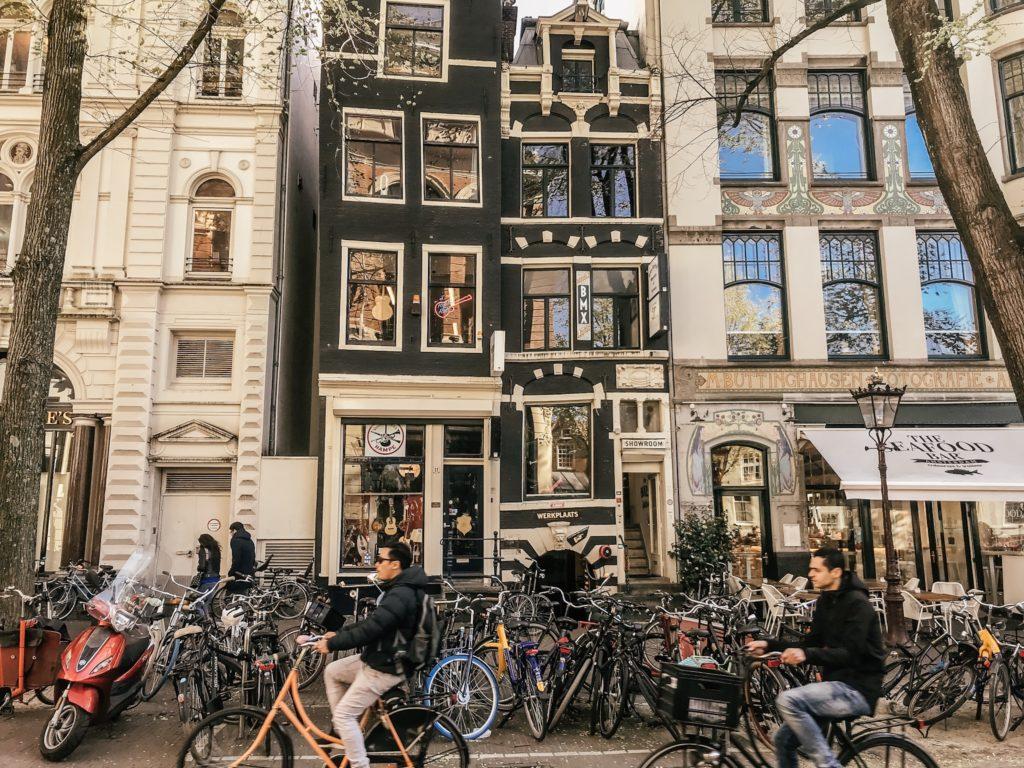 Cute house in Amsterdam